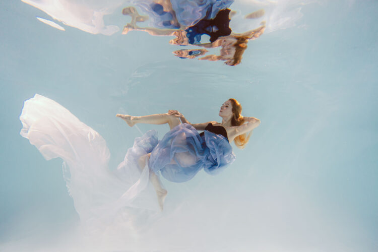 Номер- 005 Платье для подводной фотосессии ( аренда )