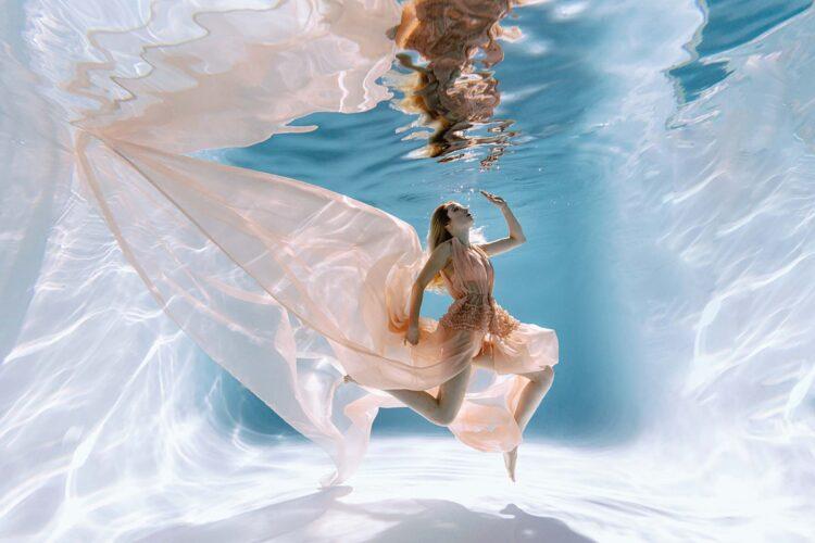 Номер- 011 Платье для подводной фотосессии ( аренда )